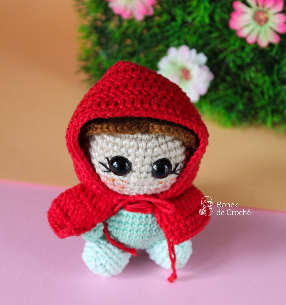 Once upon a time there lived in a certain village a little country girl, the prettiest creature who was ever seen. Her mother was excessively fond of her; and her grandmother doted on her still more. This good woman had a little red riding hood made for her. It suited the girl so extremely well that everybody called her Little Red Riding Hood.