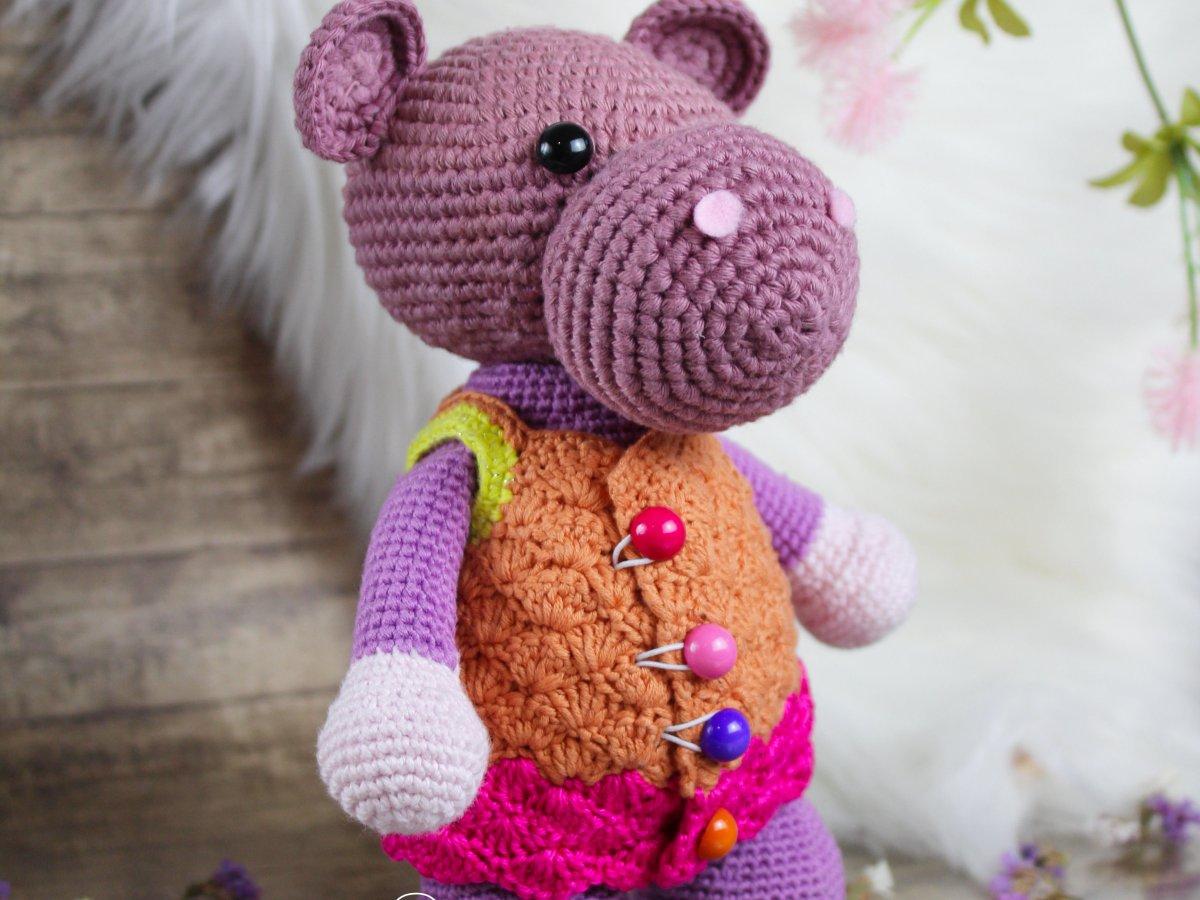 Hippo doll amigurumi Lully amigurumi doll